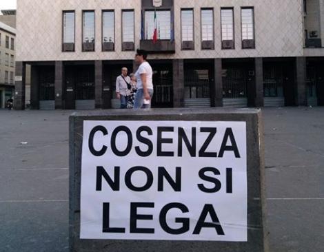 COSENZA NON SI LEGA